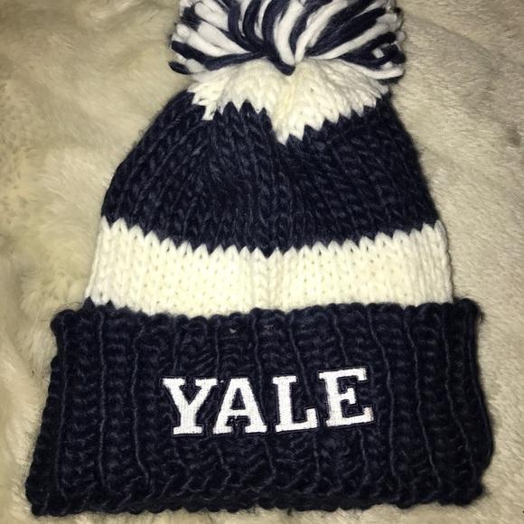 dac4b28571c Forever 21 Accessories - Yale Pom Pom beanie toboggan hat